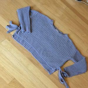 Candies gray crop knit sweater w/side ties